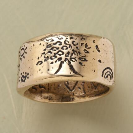 GOLDEN STRENGTH RING