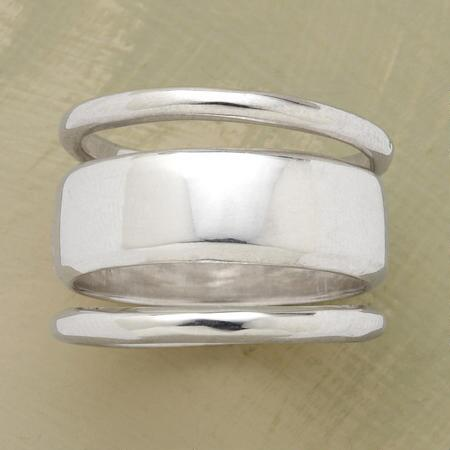 The three bands of this stack ring trio have the timeless look of a classic.