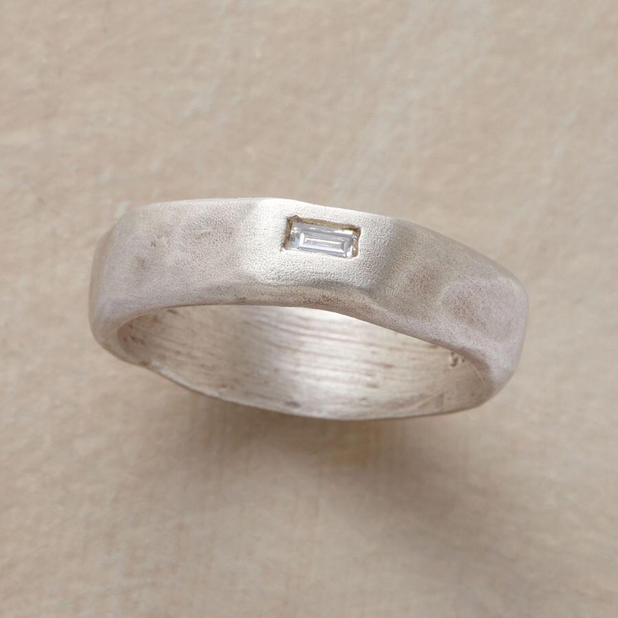 ANOMALY DIAMOND RING