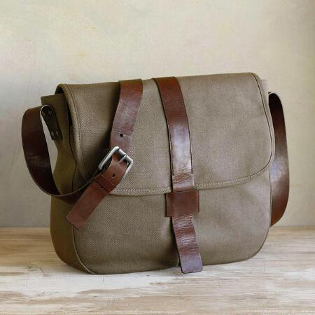 METRO MESSENGER BAG