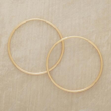 These endless hoops of gold earrings are the ultimate in everyday chic style.