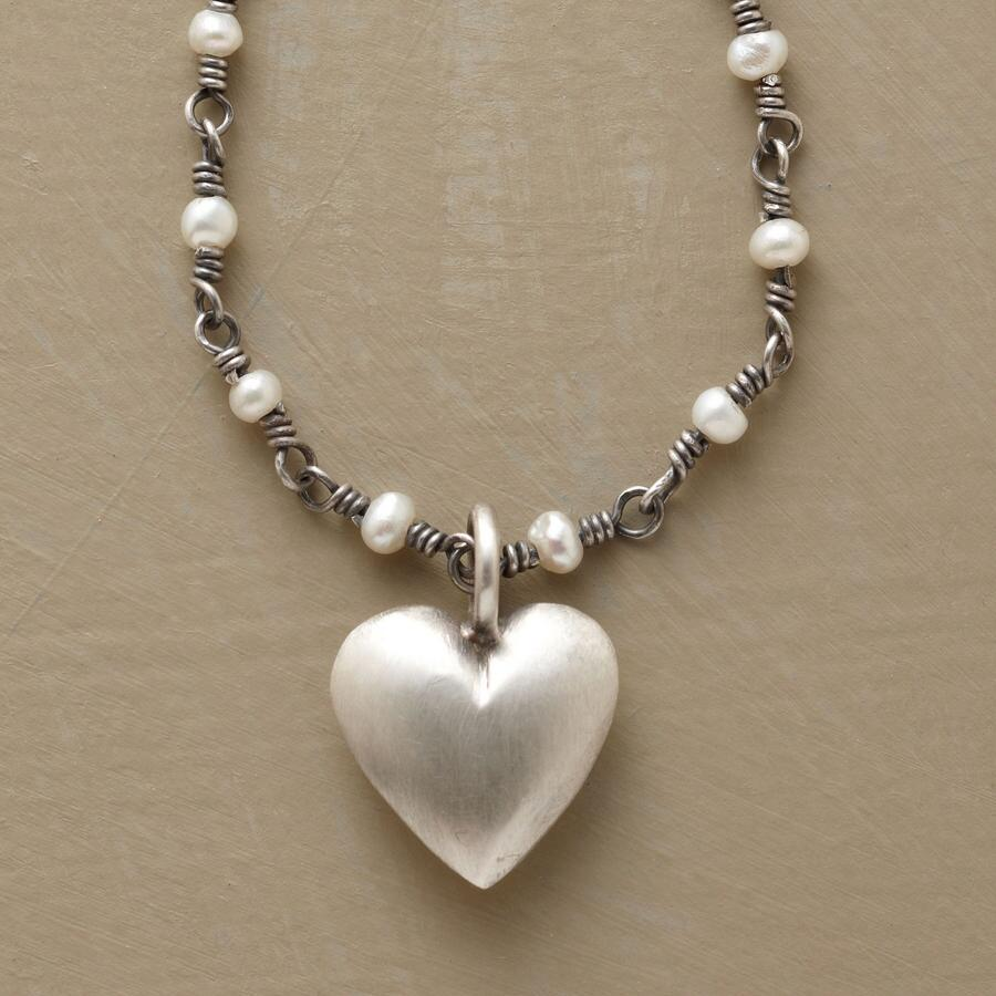 HEART ON A PEARLY CHAIN NECKLACE