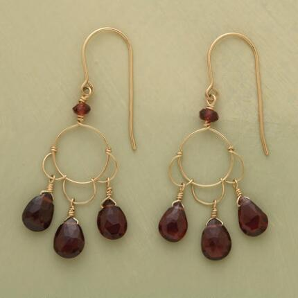 GARNET PETALS EARRINGS