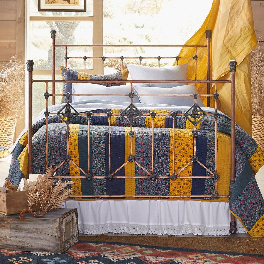GRAND TOUR BED