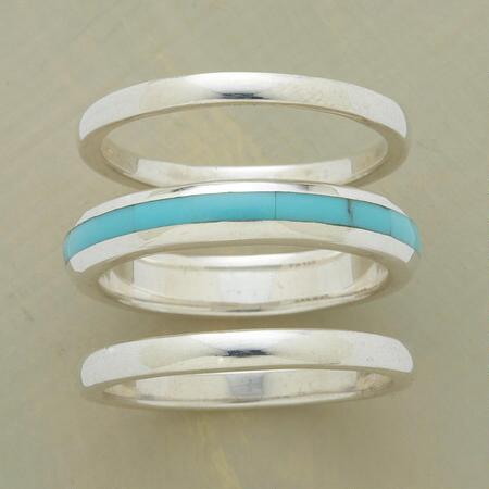 Liven up a classic look with this turquoise stack ring trio's stripe of blue.