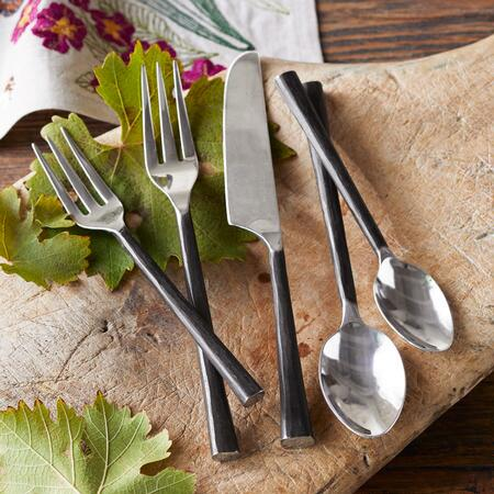 ARTISAN HAMMERED FLATWARE, 5-PIECE SET