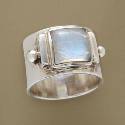 The cool beauty of this glacier moonstone ring adds an element of grace to any attire.