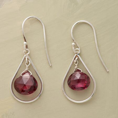 TUNNEL OF LOVE EARRINGS