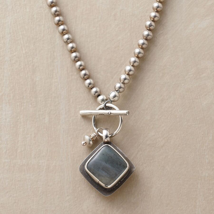 SQUARE ONE NECKLACE