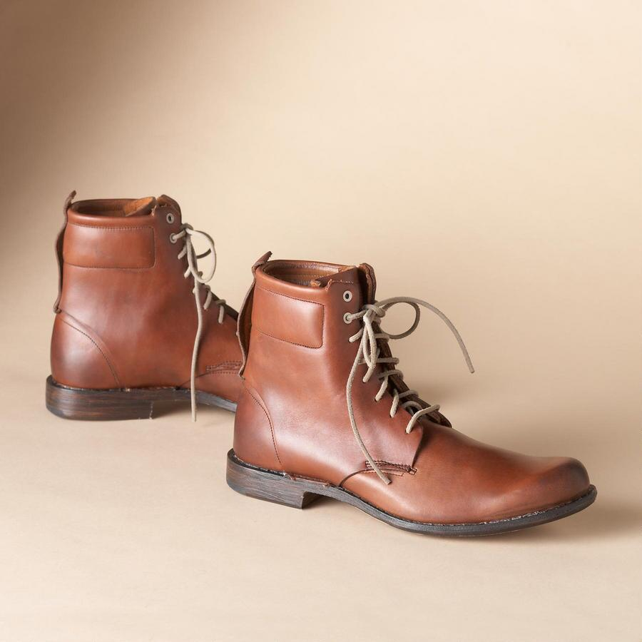T B C LACE UP BOOT