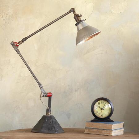 FLAGPOLE LAMP