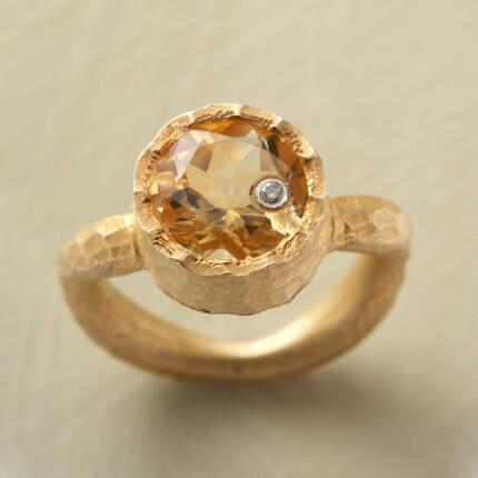 GOLDENEYE RING