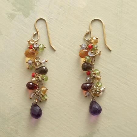 This pair of dangling gemstone and vermeil earrings exudes a natural elegance.