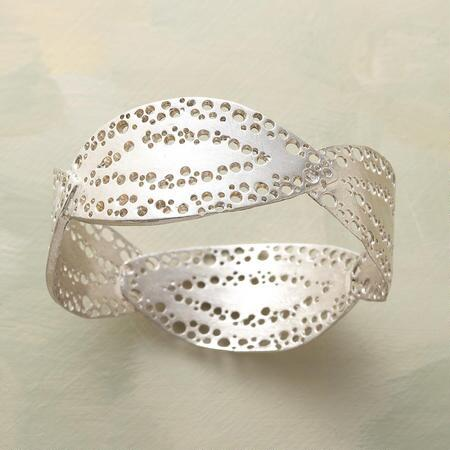 BRIGHT IDEAS BANGLE BRACELET