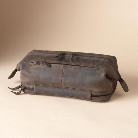 DAKOTA DOPP KIT