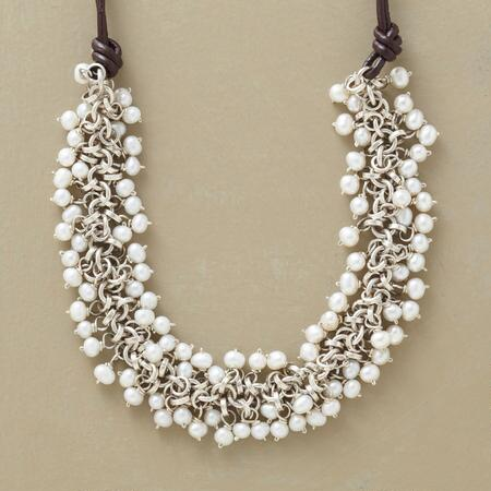 PRESENT-DAY PEARL NECKLACE
