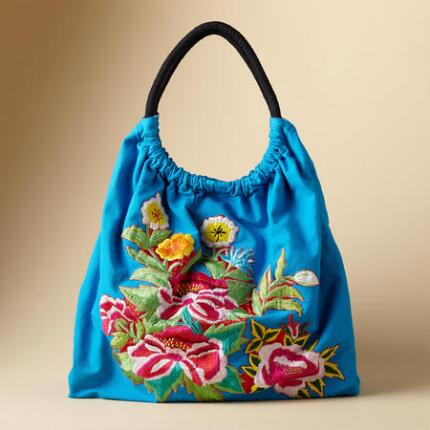 EMBROIDERED CARAVAN BAG