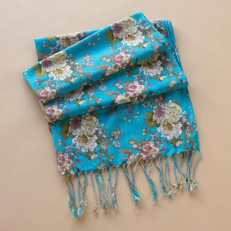 VINTAGE WALLPAPER SCARF