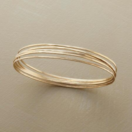 Streamlined beauty defined, this Jane Diaz bangle bracelets set is perfectly timeless.