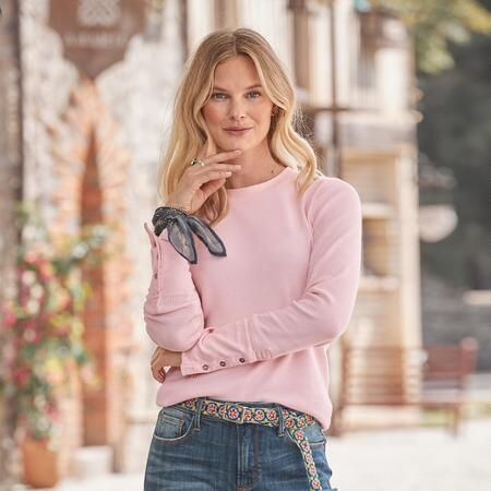 Our petite crewneck thermal shirts offer complete comfort with a hint of feminine style.