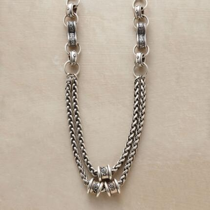 Weighty, yet elegant, this chunky chain necklace makes an exciting addition to any outfit.