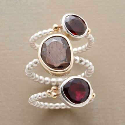 GEM PEBBLE RING TRIO