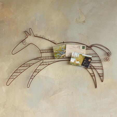 WIRE HORSE ORGANIZER