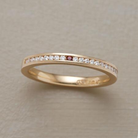 HEART OF GARNET DIAMOND RING