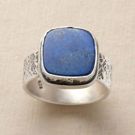 NIGHT SKY SIGNET RING