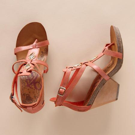 DESERT DIAMONDS WEDGE SANDALS