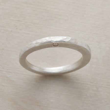 SIDELIGHT RING