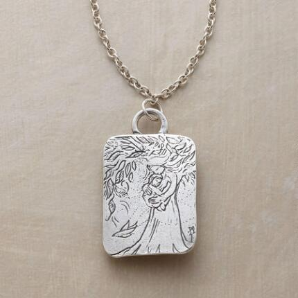 A lovely mother and child pendant necklace that keeps life's most precious bond in mind.