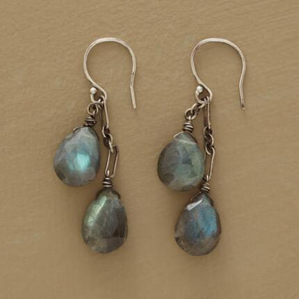 These handmade dangling labradorite earrings mesmerize with their shifting colors.