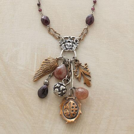 VICTORIAN TREASURES NECKLACE