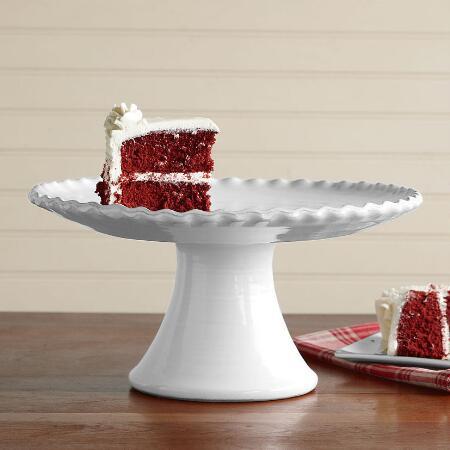 RUFFLED CAKE STAND