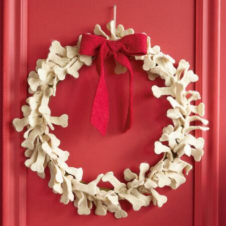 DOGGONE DOGBONE WREATH