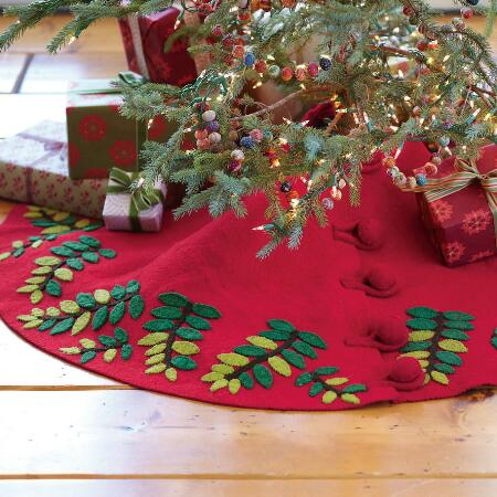 FOREST LEAF TREE SKIRT