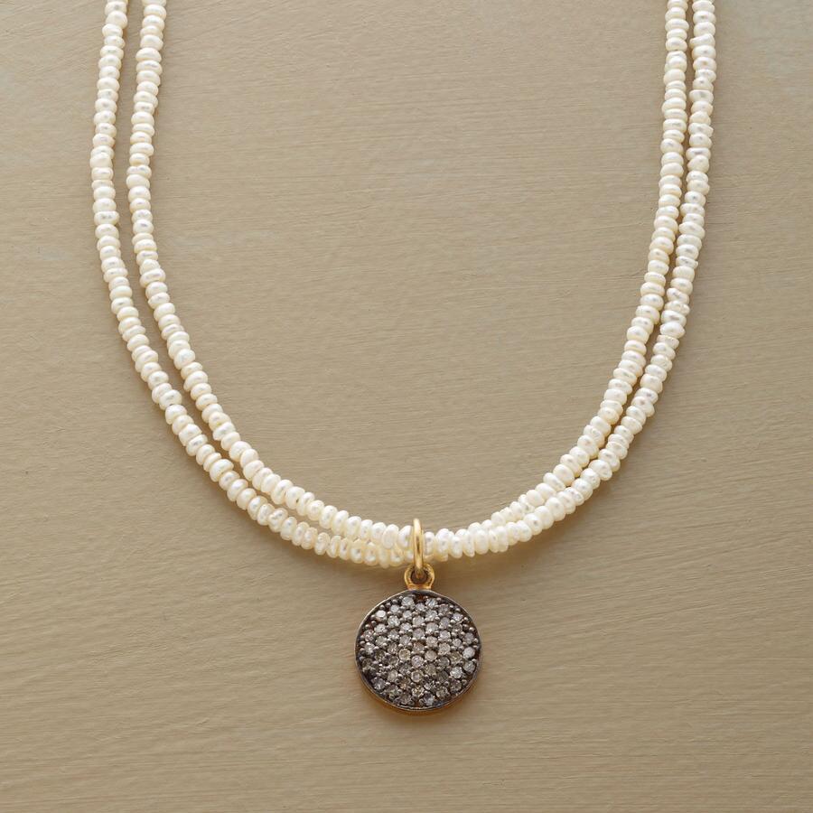 DIAMOND DISC & PEARL NECKLACE