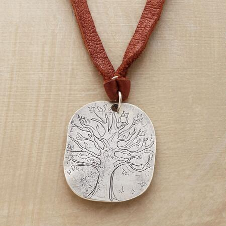 N R D C TREE NECKLACE