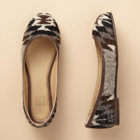CARSON PATTERNED BALLET FLATS