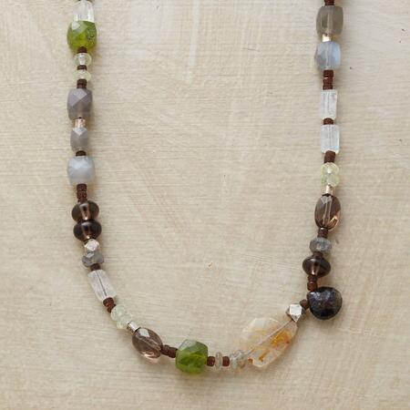 ARBOREAL NECKLACE