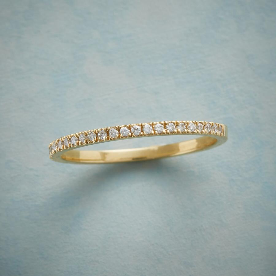 MIGHTY MINI DIAMOND RING