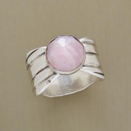 EVERLASTING ROSE RING