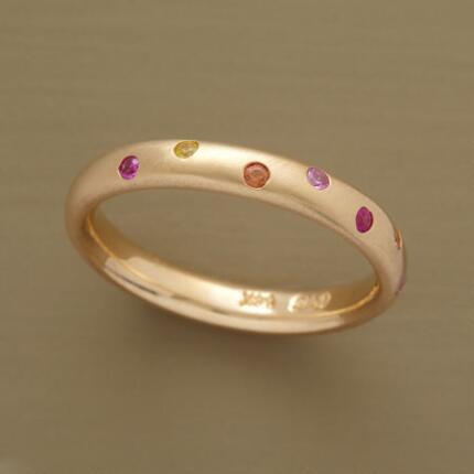 YELLOW GOLD RANDOM SAPPHIRE RING