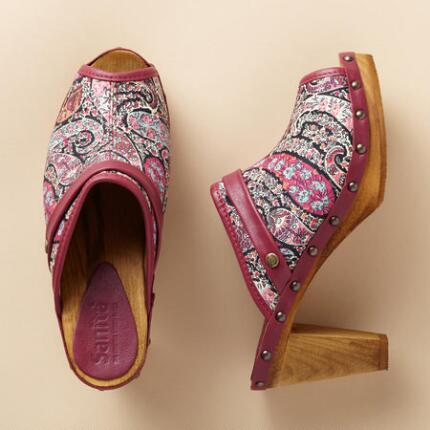 LYDIA FABRIC SLIDE CLOG