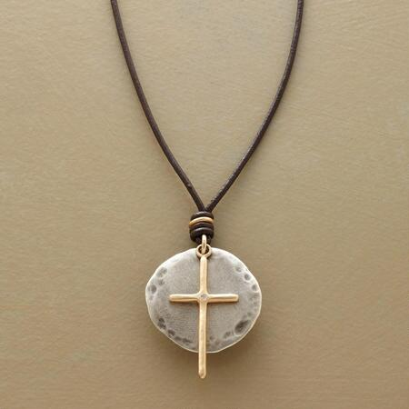 CAMINO DIAMOND CROSS NECKLACE