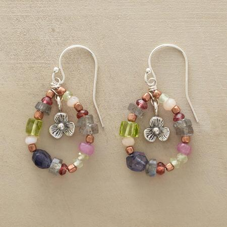 FLOWER WREATH EARRINGS