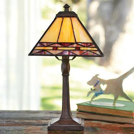 KELMSCOTT ACCENT LAMP