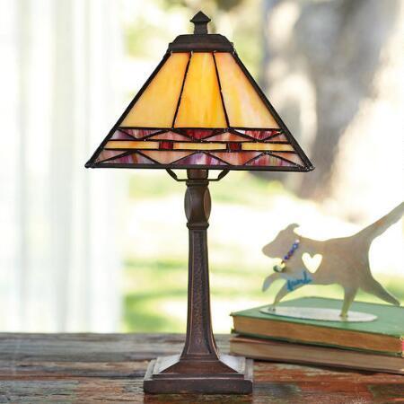 KELMSCOTT ACCENT LAMP