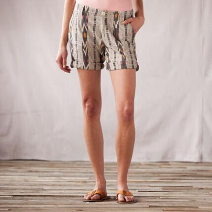MODERN BEAT SUMMER SHORTS